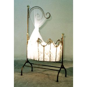Dynasty Gold Cradle by Corsican