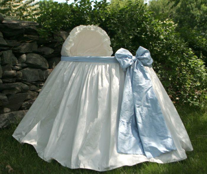 Angel Baby Bassinet in Blue Silk Dupioni by Lulla Smith