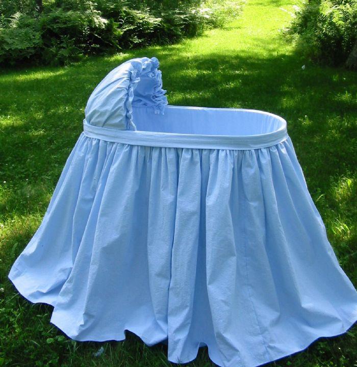 Bluebird Bassinet in Cotton Seersucker by Lulla Smith