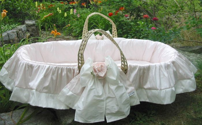 Roses Moses Basket by Lulla Smith