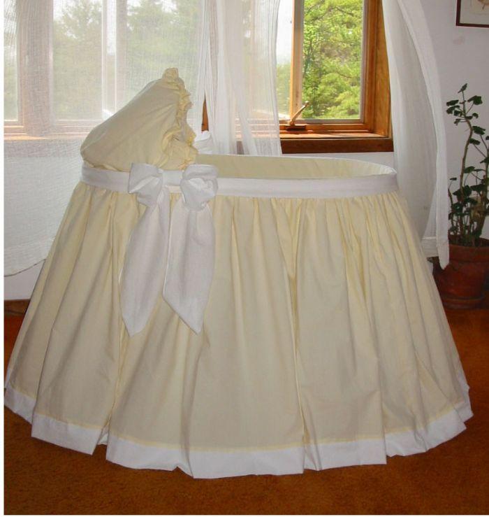 Savannah Bassinet in Cotton Seersucker by Lulla Smith
