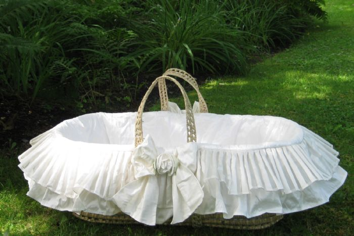 Dragonfly Moses Basket by Lulla Smith