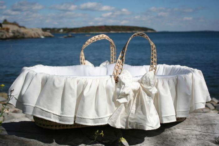 Eastport Moses Basket by Lulla Smith