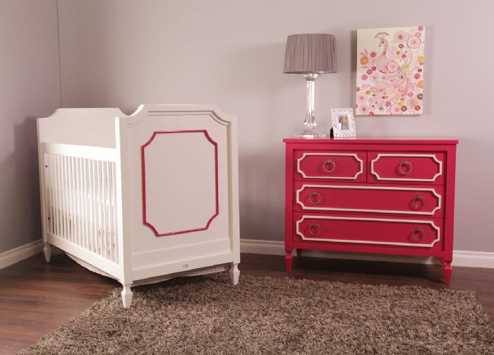 Beverly Crib in White with Raspberry Room by Newport Cottages