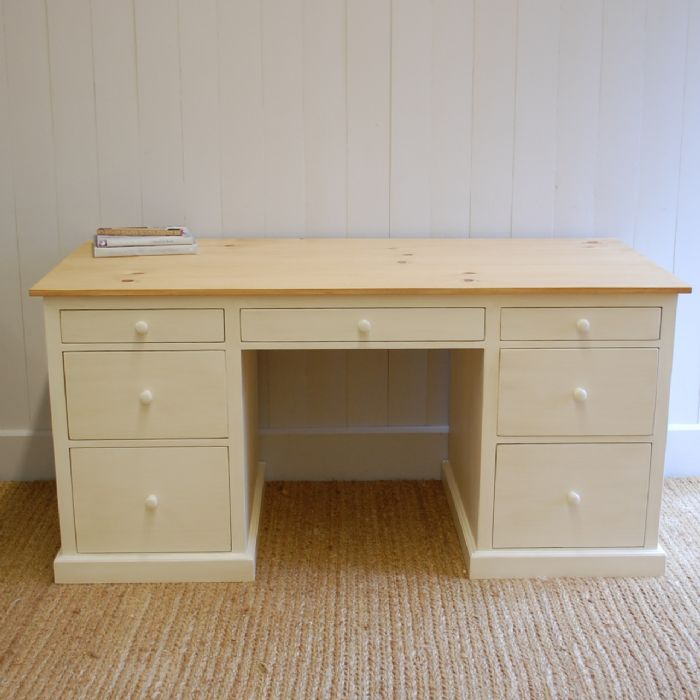 Farmhouse Open Desk by English Farmhouse Furniture