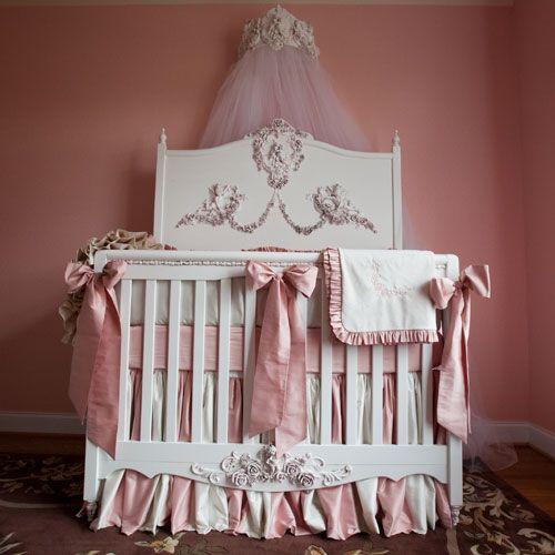 Mirabelle Heaven Sent Convertible Crib by Villa Bella