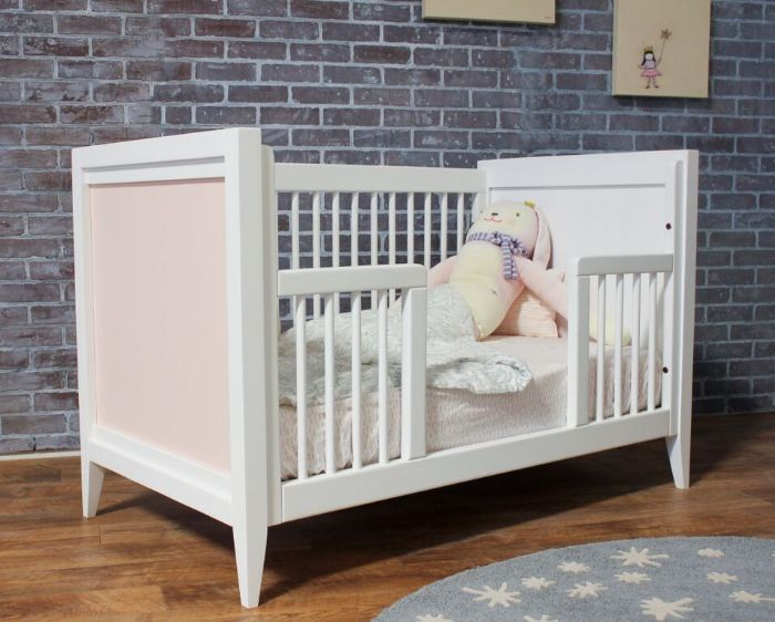 Casey Crib in White with Pale Pink by Newport Cottages